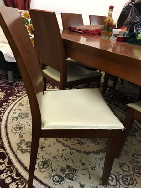Used Preloved Wooden Dining Table. in Dubai, UAE