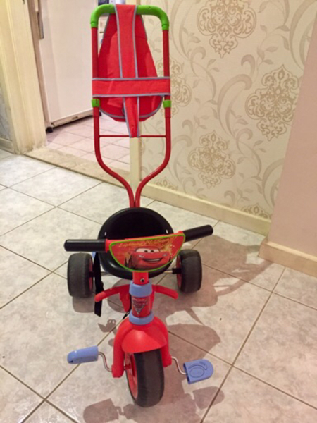 Used Small tricycle for toddlers in Dubai, UAE