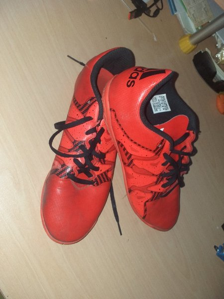 Used Adidas Orginal X-PREDATOR FOOTBALL SHOES in Dubai, UAE