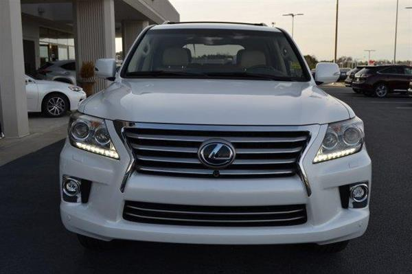 Used Like New 2014 Lexus Lx 570 in Dubai, UAE