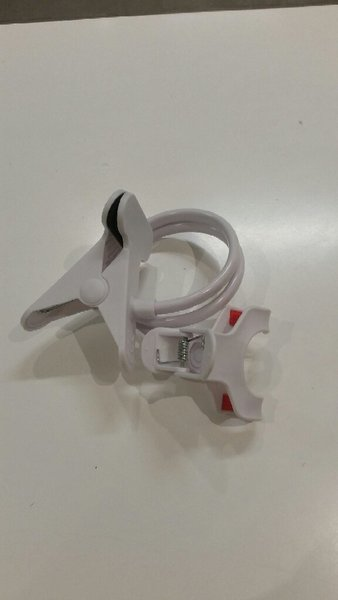 Used 3 Pcs Mobile Holder Different Colour in Dubai, UAE