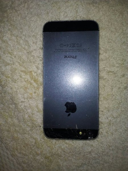 Used Im selling iPhone 5s no working in Dubai, UAE