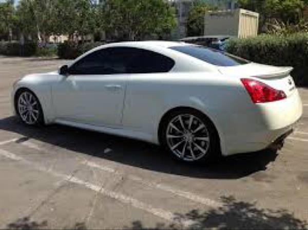 Used Infinity G37S White Full options.. Can Easily Modified  in Dubai, UAE