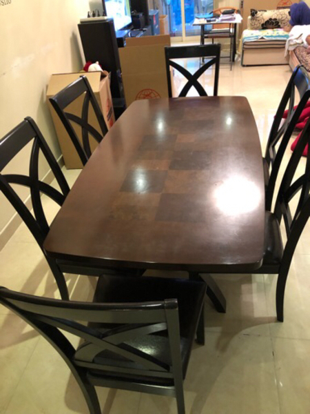 Used Dining Table along with 6 chairs in Dubai, UAE