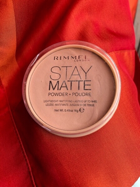 Used RIMMEL LONDON Stay Matte powder light❤️ in Dubai, UAE