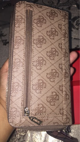 Used New Guess wallet in Dubai, UAE
