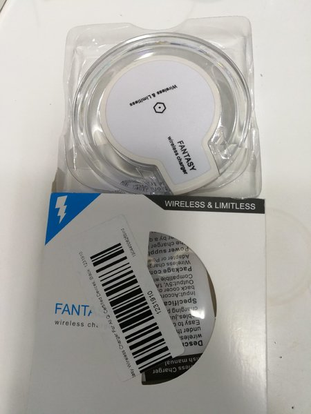 Used Wireless mobile charger white in Dubai, UAE