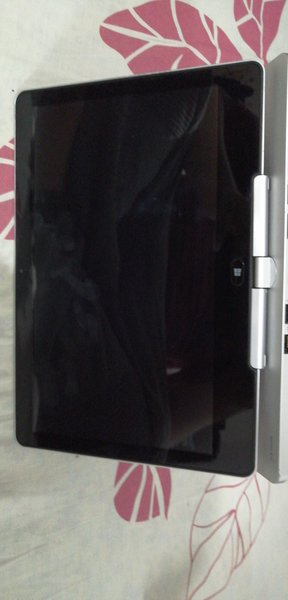 Used HP revlove 810 G2 in Dubai, UAE