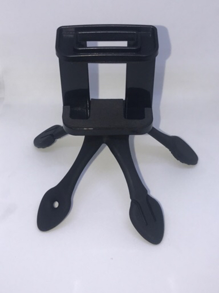 Used Flexible mobile stand universal size in Dubai, UAE