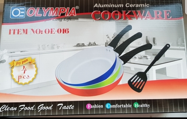 Used 3 fry pans healthy ceramic coating new in Dubai, UAE