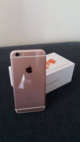 Used original iphone 6s 64gb rosegold in Dubai, UAE