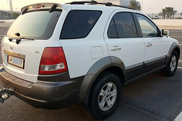 Used Kia Sorento in Dubai, UAE