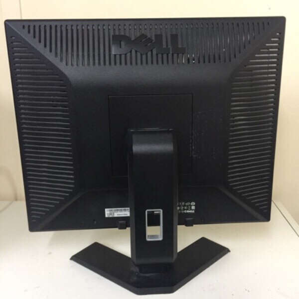 "Used Dell lcd monitor 19 "". # 17 in Dubai, UAE"