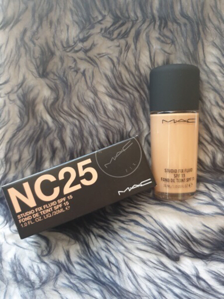 Used Mac Studio Fix Liquid Foundation in Dubai, UAE