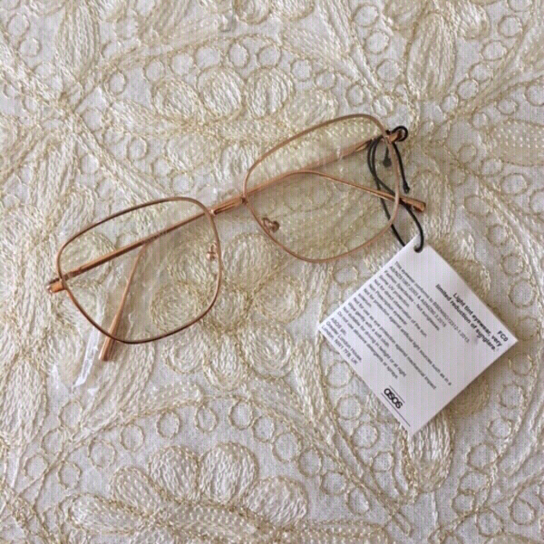 Used ASOS clear frames (new) in Dubai, UAE