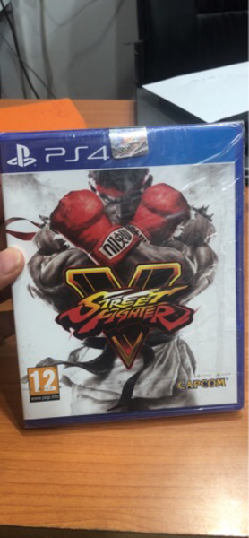 Used Ps4 street fighter 5 in Dubai, UAE