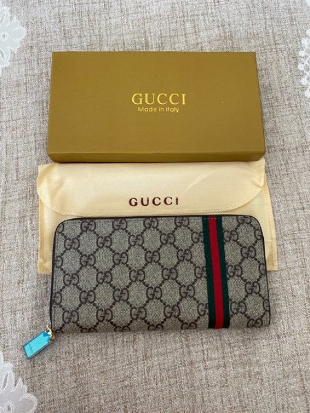 Used Women wallet in Dubai, UAE