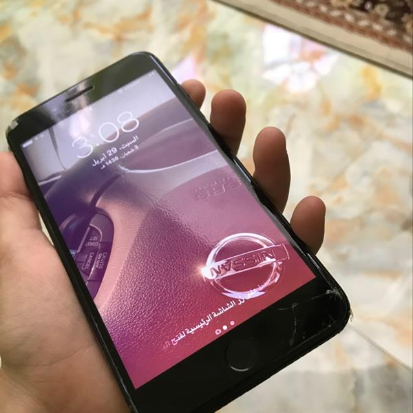 Used iPhone 7 Plus Jet Black Broken Screen, Working No Problems With All Things Box All Thing, Used Only On Week  in Dubai, UAE