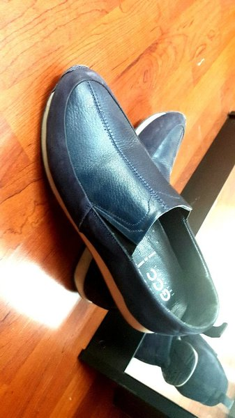 Used Casual Shoes Made in turkey size 43 in Dubai, UAE