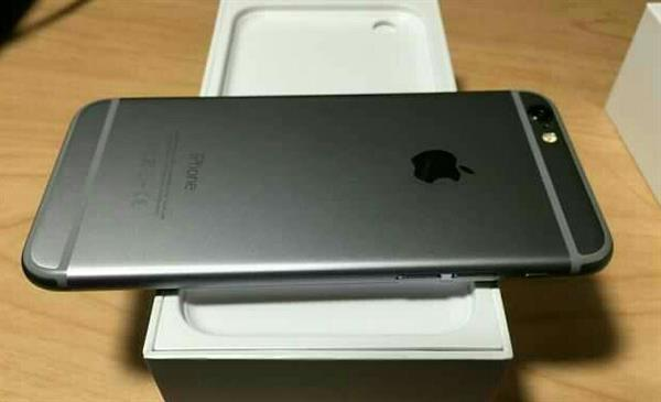 Used New Iphone 6 # Not Opened # still In Packing # 64 Gb # Gold / Space Grey # With all Accessories #  in Dubai, UAE
