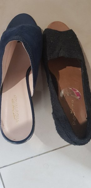 Used 2 pairs of shoes size 41. in Dubai, UAE