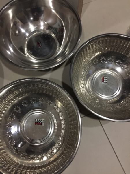 Used 4pc Light weight stainlesssteel weasels in Dubai, UAE