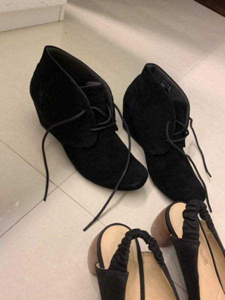 Used 2 shoes from clarks lightly used size 38 in Dubai, UAE