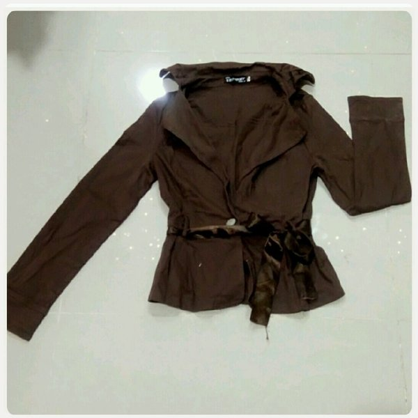 Used Jacket brown small size in Dubai, UAE