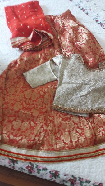 Used Lehenga choli in Dubai, UAE