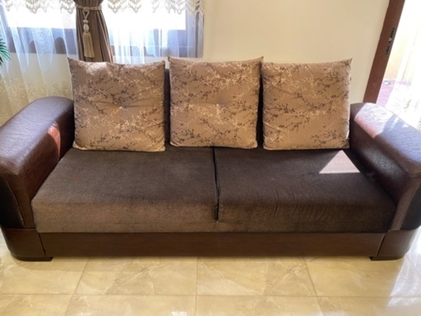 Used 7 seat Sofa set in Dubai, UAE
