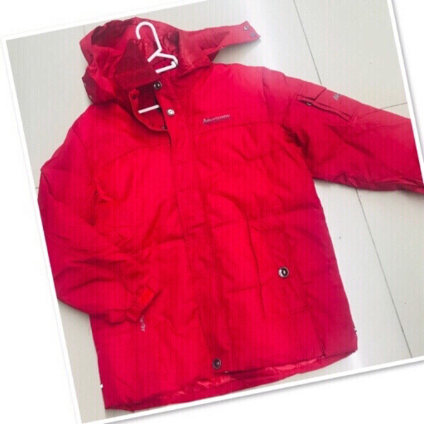 Used Winter jacket size Large ♥️ in Dubai, UAE