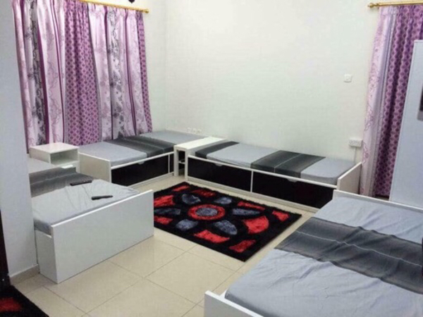 Used Bed and wardrobes for sales in UAE in Dubai, UAE