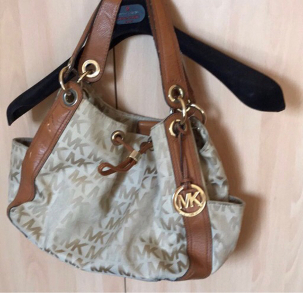 Used Authentic MK bag #used in Dubai, UAE