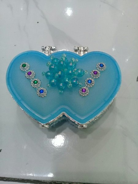 Used jewellery box blue in Dubai, UAE