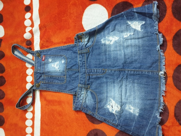 Used Branded denim clothes in Dubai, UAE