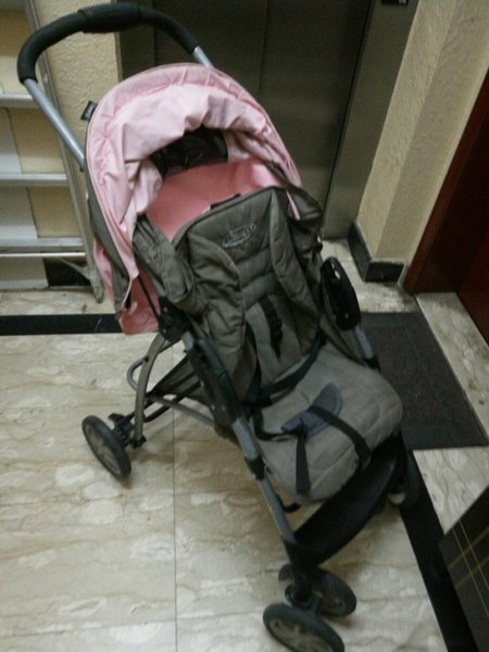 Used Baby pram Graco in Dubai, UAE