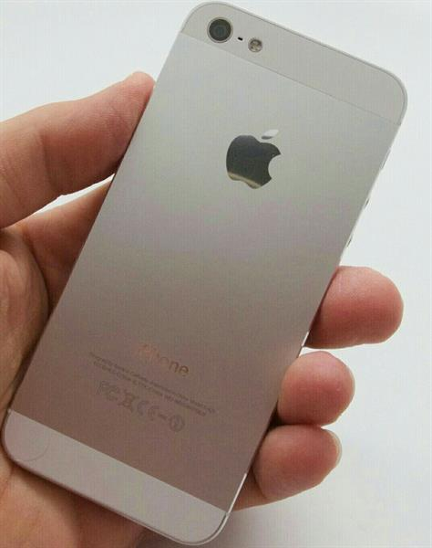 Used IPhone 5, 16GB Used, No Scratch, No Headset With Free New Bluetooth Headset   in Dubai, UAE