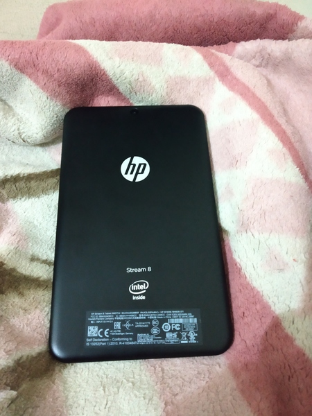 Used Hp stream 8 tablet in Dubai, UAE