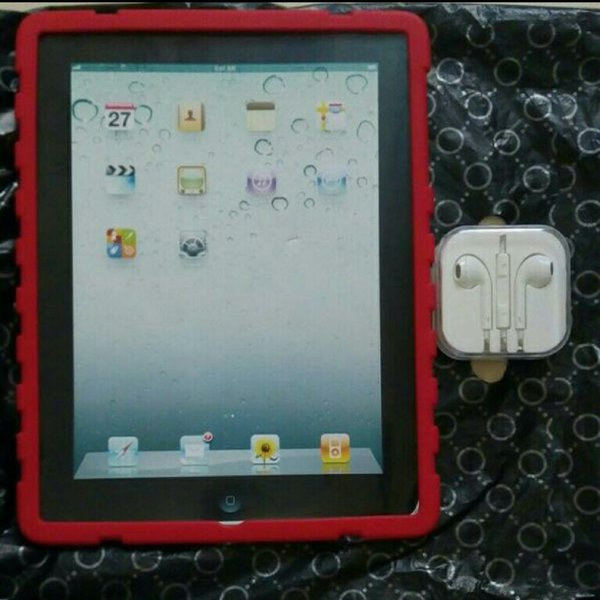 Used New Rubberized back cover for Ipad 2/3/4 in Dubai, UAE
