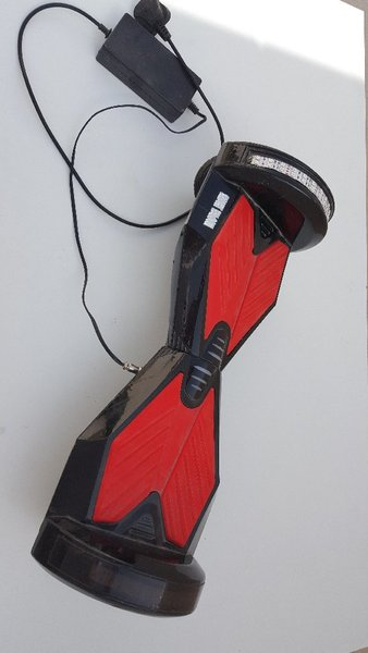 Used Hoover Board with some scratches in Dubai, UAE