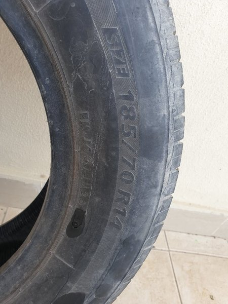 Used Bridgestone tire 185/70 R14 in Dubai, UAE