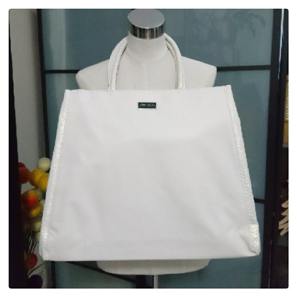 Used Large tote bag w/ matching clutch in Dubai, UAE