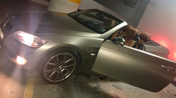 Used GCC 320i  BMW Convertible Well Maintained Very Clean Gold Color With Tan Leather in Dubai, UAE
