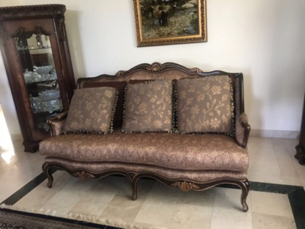 Sofas from turkey used 6 mounts