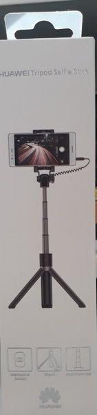 Used Selfie stick tripod in Dubai, UAE