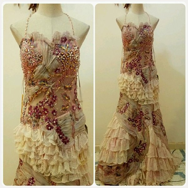 Used Very classic evening long gown.. in Dubai, UAE