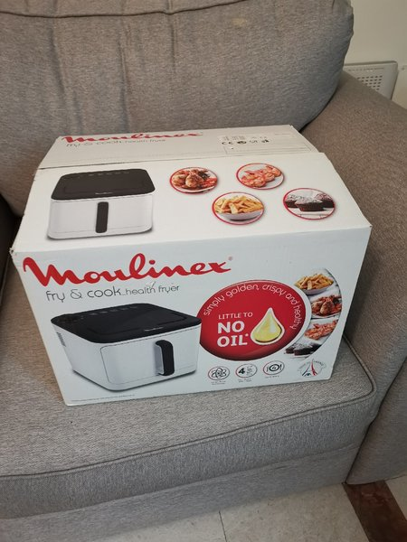 Used Moulinex oiless cooker in Dubai, UAE