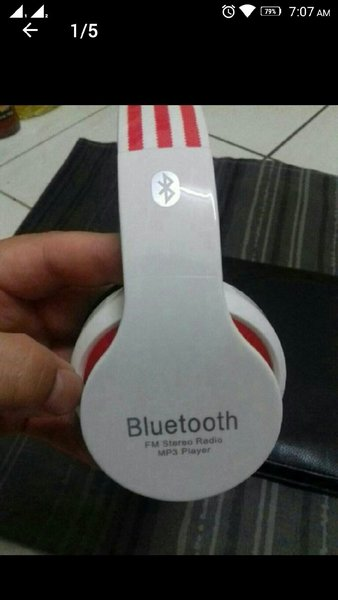 Used Blutooth Headphone White With Box🎁 in Dubai, UAE