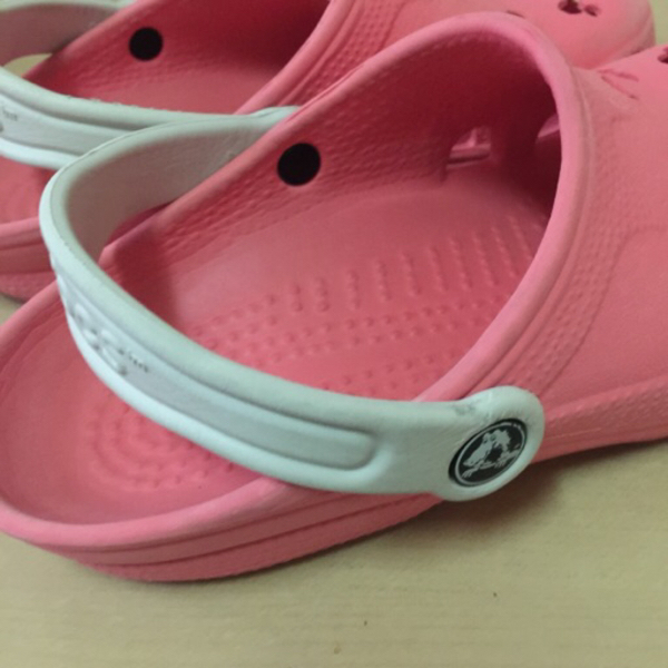 Used Preloved pink Crocs for adults in Dubai, UAE