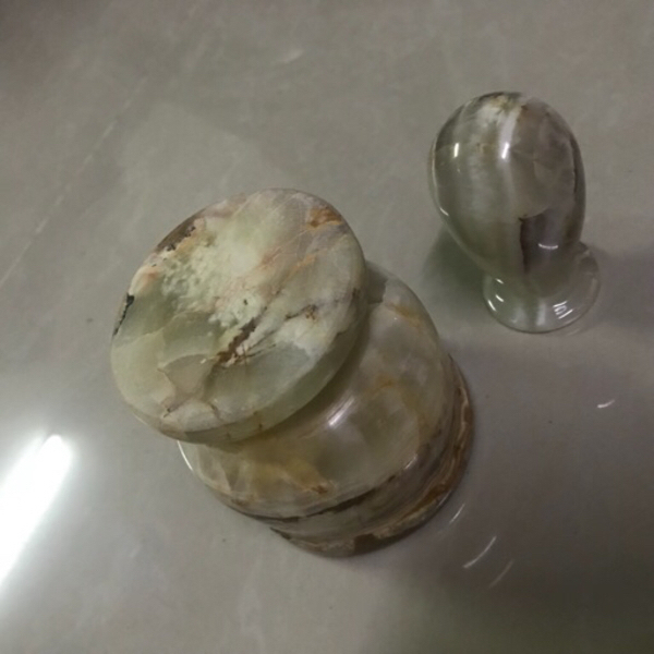 Used Mortal and pestle original onyx marble in Dubai, UAE